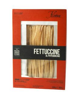 pate-artisanale-fettuccine-piment-filotea-gastronomie-italie