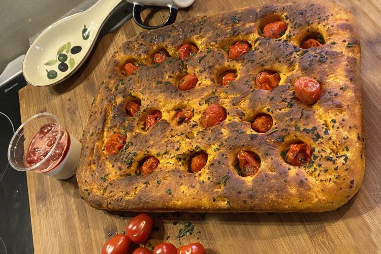 foccacia-al-pomodoro-a-la-tomate-gastronomie-italie