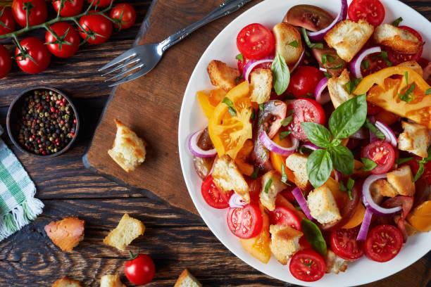 panzanella-salade-toscane-gastronomie-italie